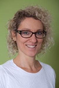 Frau Dr. Roesner